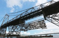 Segunda treliça começa a ser instalada na Ponte Hercílio Luz