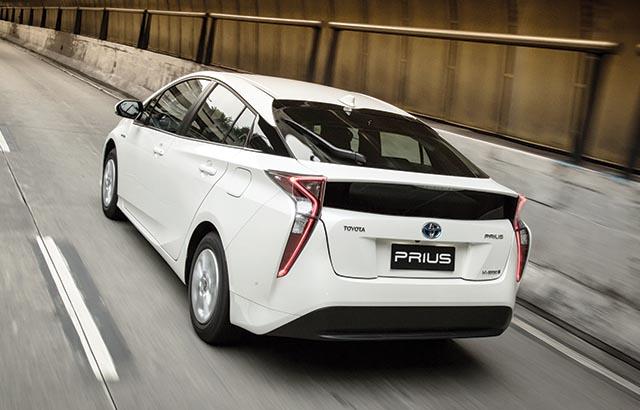 O Prius 2016 foi totalmente redesenhado ganhando linhas mais modernas e agressivas (Foto: Toyota/FN)