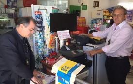 Auditores Fiscais da Secretaria da Fazenda fiscalizam  comercio do Rio Vermelho