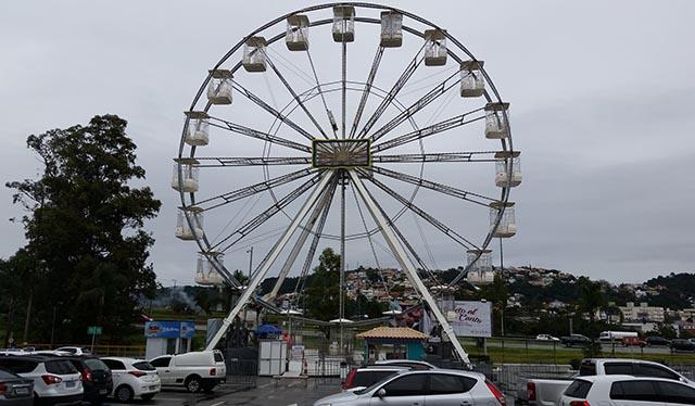 Super Roda-Gigante é atração no Shopping Itaguaçu