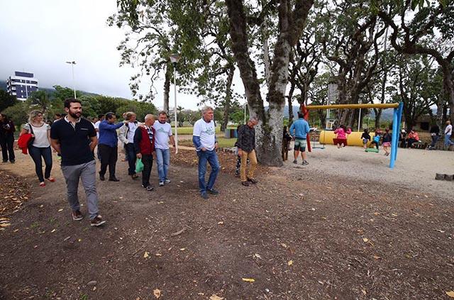 Prefeito assina decreto formalizando o Jardim Botânico de Florianópolis