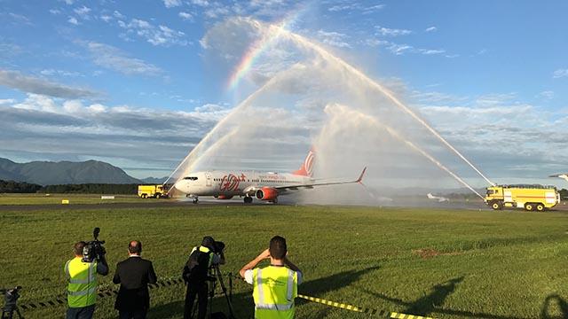 Com batismo de aeronave, Floripa Airport passa a operar o Aeroporto de Florianópolis