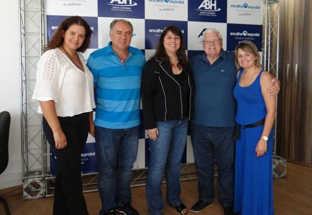 Jornalistas da Abrajet-SC realizam encontro durante o Encatho & Exprotel 2018