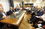 Governo anuncia redução de 230 cargos comissionados e funções gratificadas