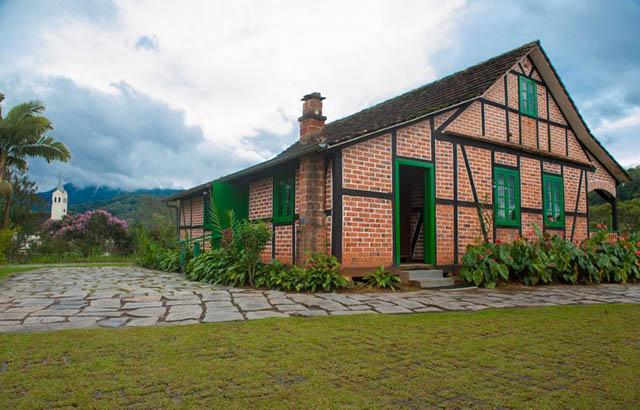 Pomerode recebe projeto para preservação de Conjunto Histórico
