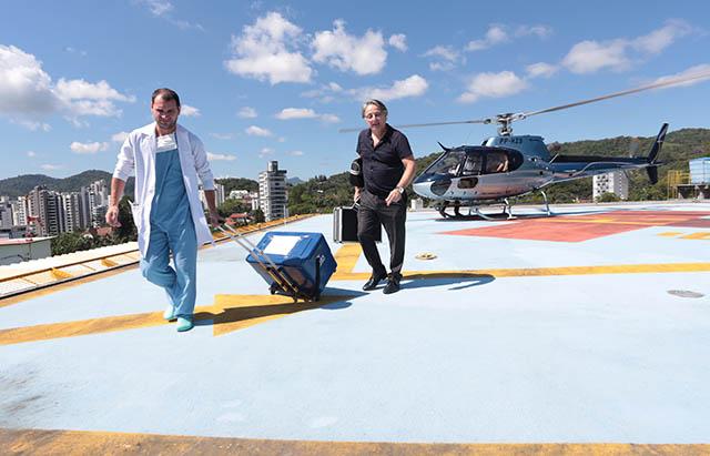 Helicóptero que era de uso exclusivo do governador faz primeiro transporte de órgão para transplante