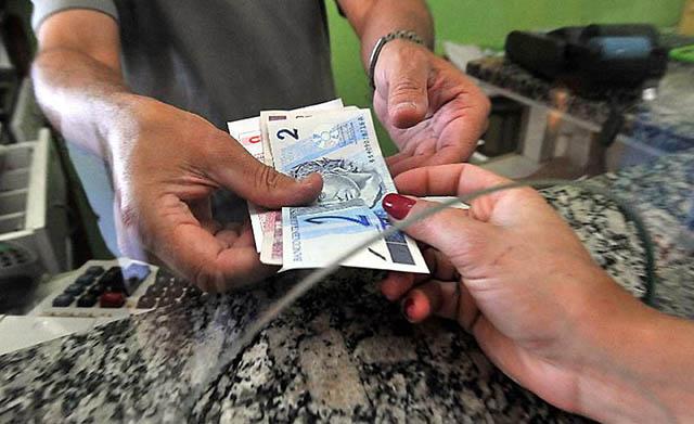 Mais de 1 milhão de trabalhadores catarinenses têm direito a sacar Abono do PIS/Pasep