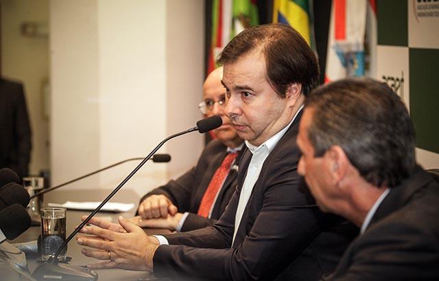 Presidente da Câmara diz que país passa por um ciclo de reformas e modernizações