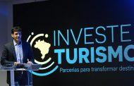 Ministro apresenta programa Investe Turismo, em Florianópolis